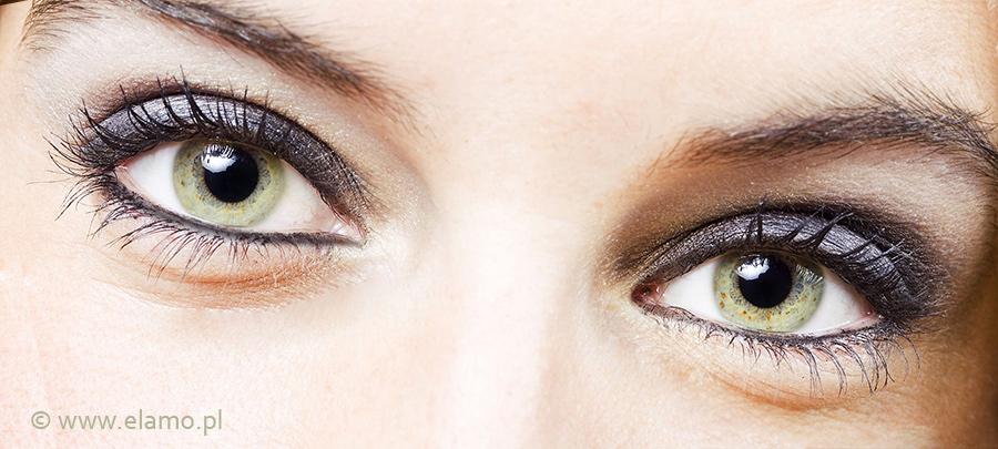 makijaż oczu kohlem do oczu