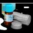 olejek z rozmarynu lekarskiego w szklanej buteleczce i opakowaniu metalowym, chroniącym przed słońsem